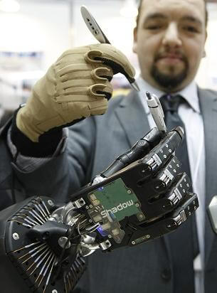 The latest model of Shadow's robot hand was on display at IREX 2009.