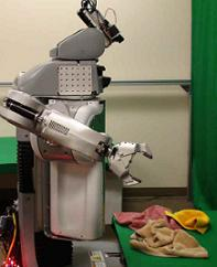 Willow Garage PR2 robot folds towels