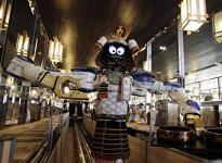 robot-waiter-bangkok