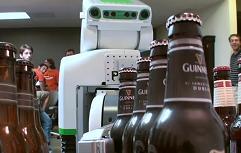 beer-robot-willow-garage-choice