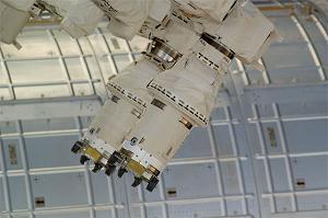 dextre-robot-hands