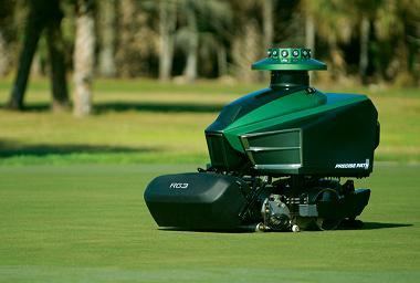 robot-mower-golf