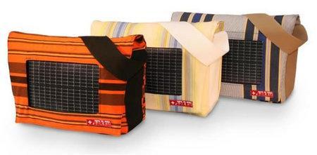solar-powered-bags-sakku