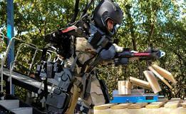 exoskeleton-raytheon-xos