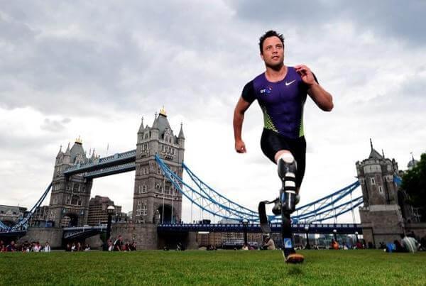 Oscar Pistorious running purple