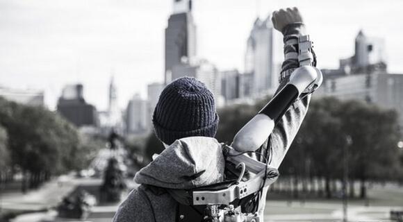 Titan_Arm_Exoskeleton (1)