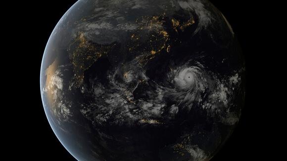Typhoon_Haiyan (1)