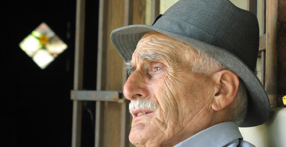 elderly man aging longevity