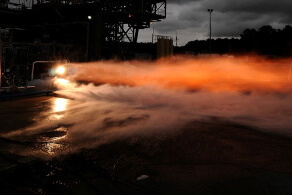 "NASA test fires a 75% 3D printed ""breadboard"" rocket engine. (Image Credit: NASA/MSFC)"