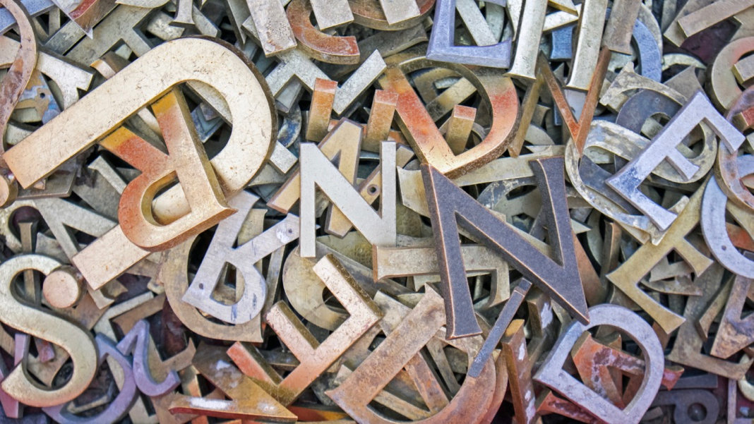 pile-different-iron-letters
