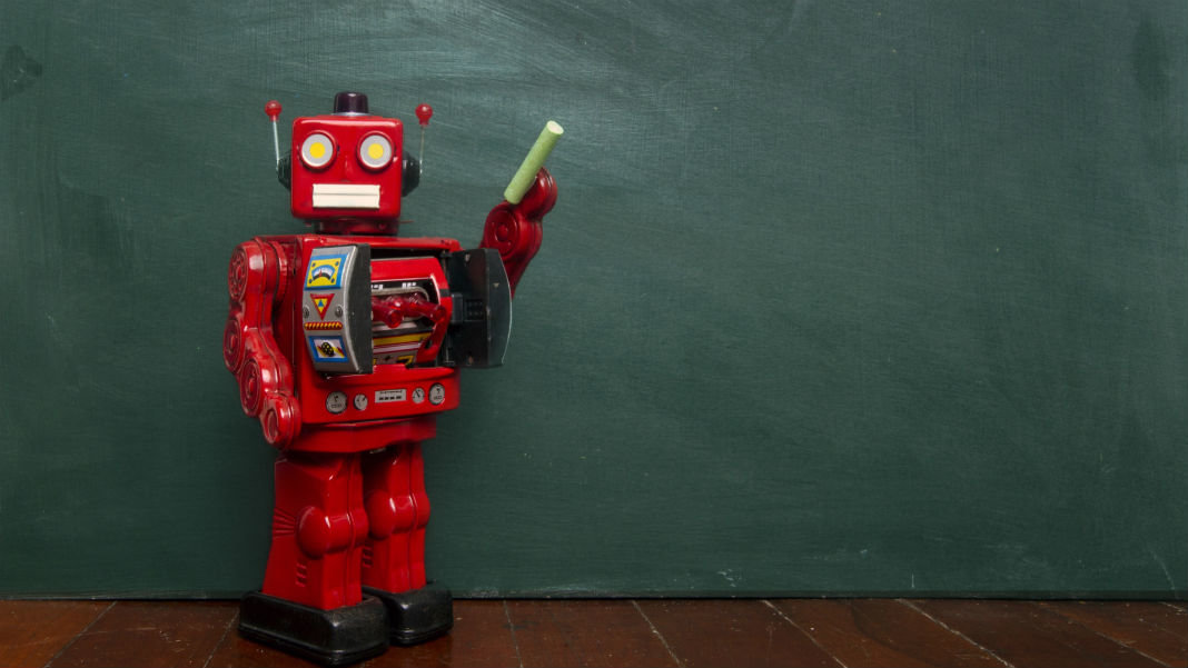automated-teaching-robots-chalk