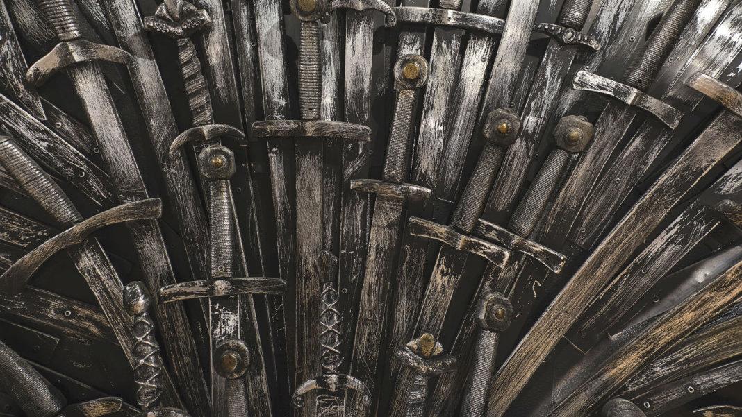Game-of-Thrones-Iron-Throne-metal-swords-GoT
