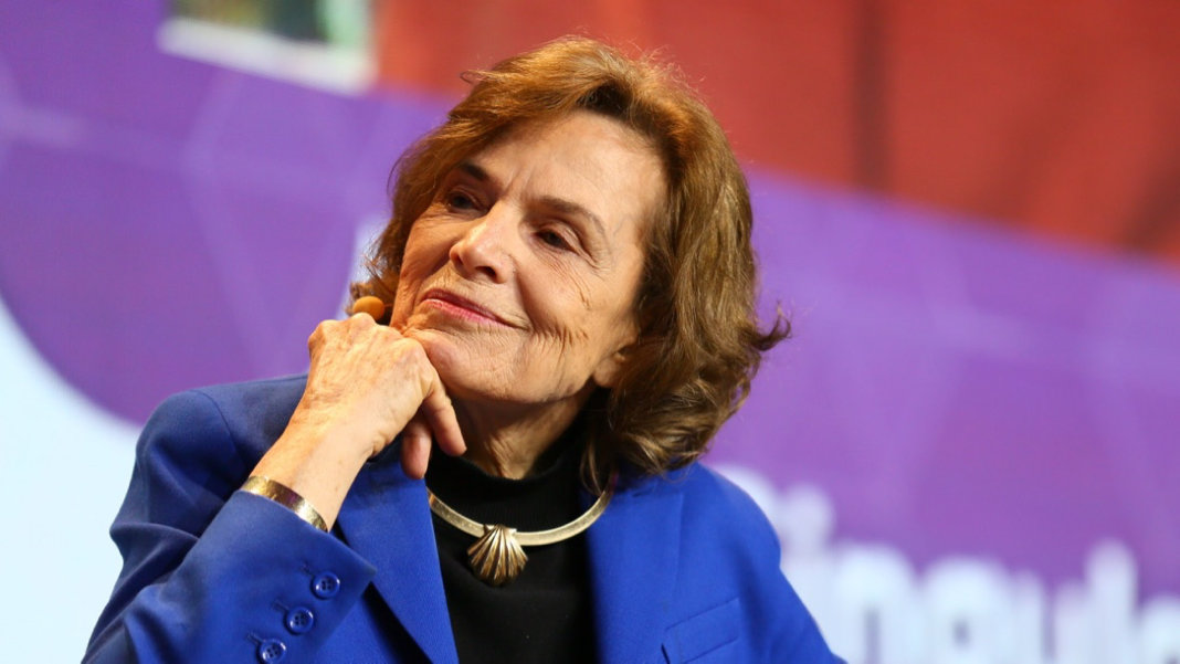 Sylvia-Earle-speaking-interview-Singularity-University-2017