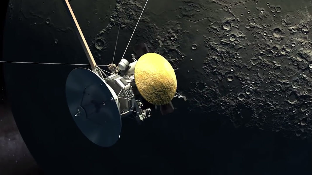 private-space-exploration-moon-spaceship