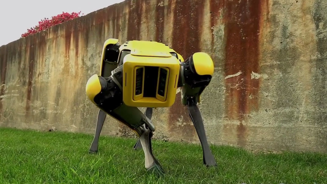 robotic-menagerie-biomimicry-robots-darpa-spotmini-dog-robot
