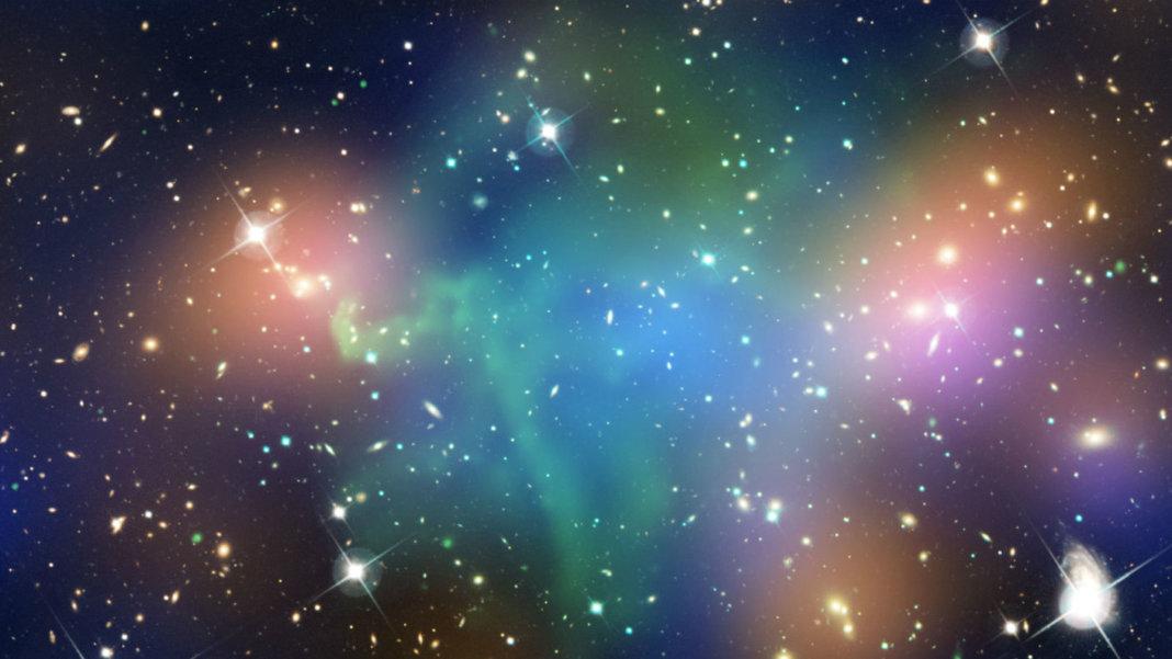 dark-matter-chandra-503-NASA-galaxies-hot-gas-merging-galaxy-cluster