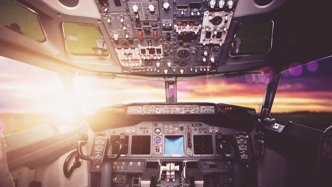 airplane-cockpit-at-sunset-sunrise-hdr-awesome-tech-stories