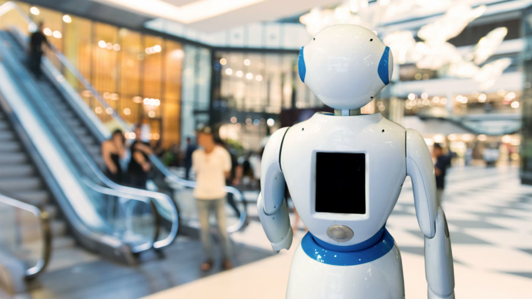 future-of-retail-smart-retail-robot-assistant-robo-advisor