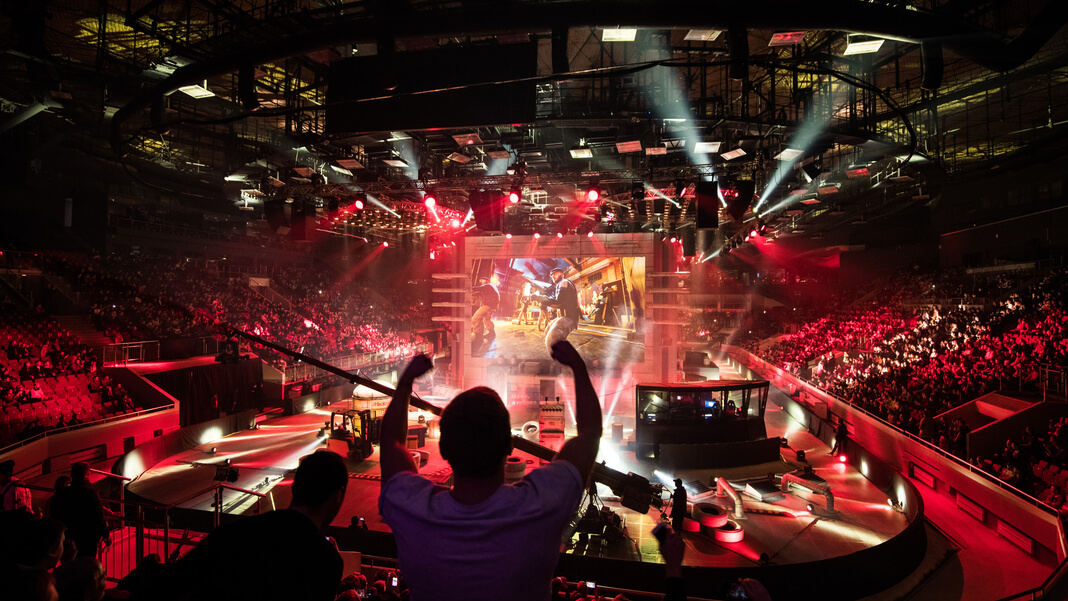 Video Gamers May Soon Be Paid More Than Top Pro Athletes