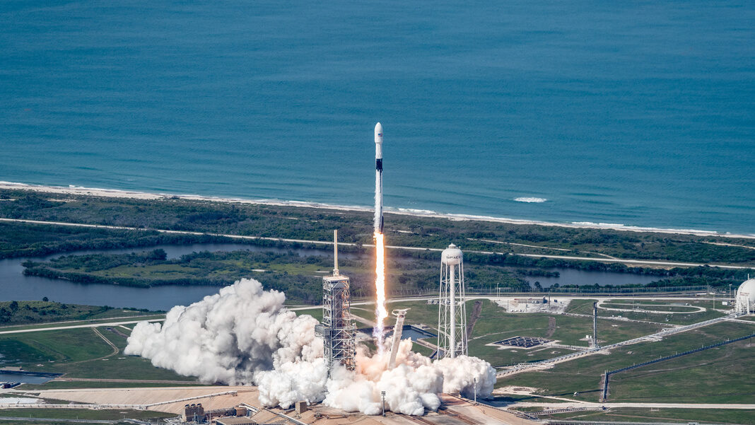 SpaceX rocket 12 launching