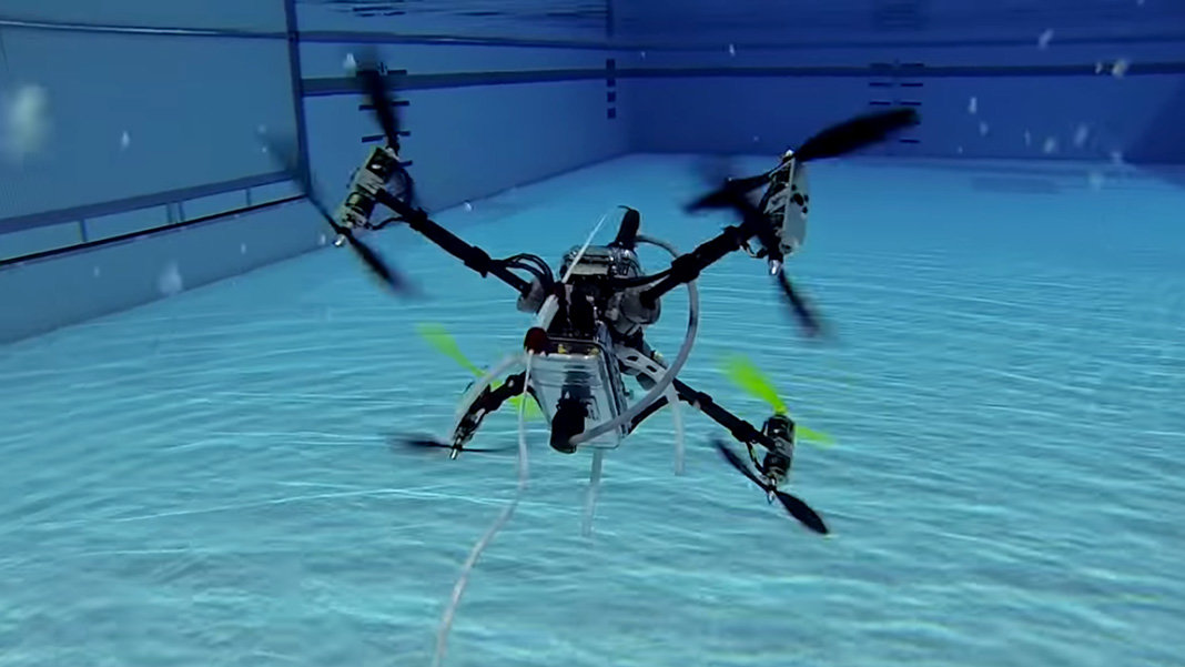 This Drone Seamlessly Transitions Between Swimming and Flying
