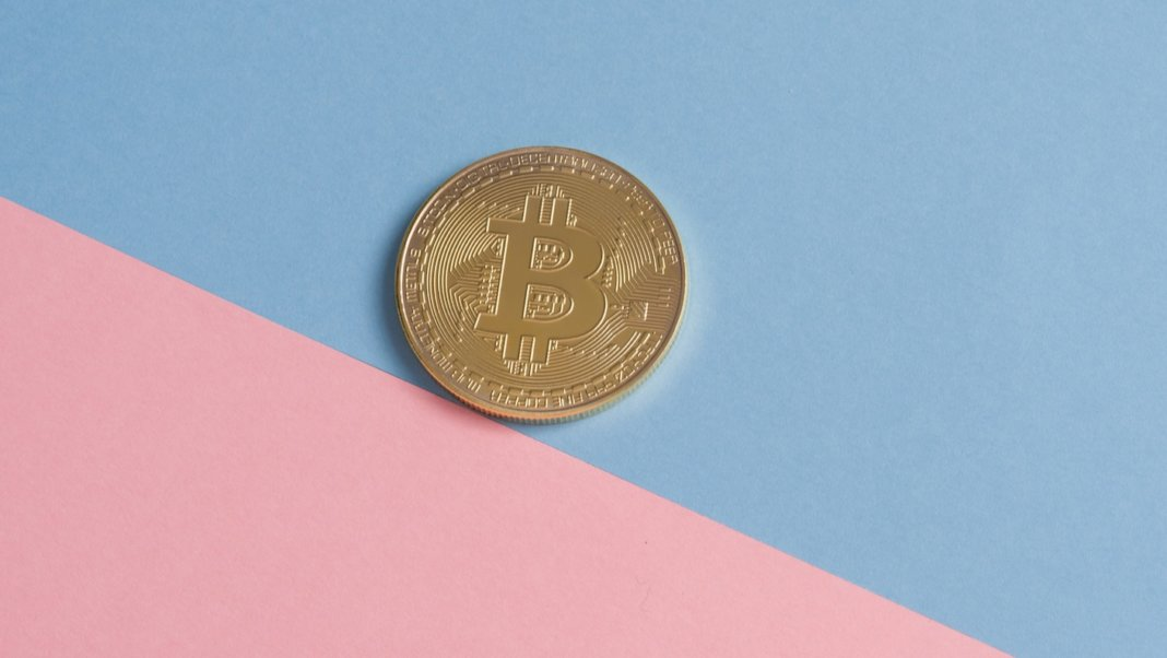 digital currency bitcoin blue pink background
