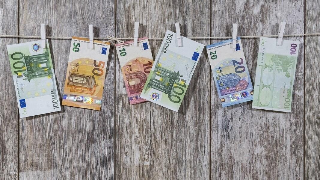 Euros bills money cash UBI